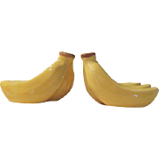 Bunches of Bananas Salt and Pepper Shakers - b178