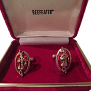 Beefeater Gin Gold Tone Cuff Links in Box - Free shipping