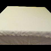 Simply elegant Linen Tablecloth - L4