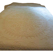 Chenille with Center Medallion Bed Cover - g`