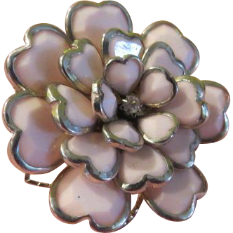 Pink-alicious Multi-petal Ring size 8 1/2 - Free shipping