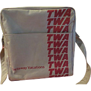 TWA Get-a-way Vacation Shoulder Strap Flight Bag - b