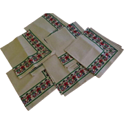 Dutch Couples and Tulips Border Napkins - b204