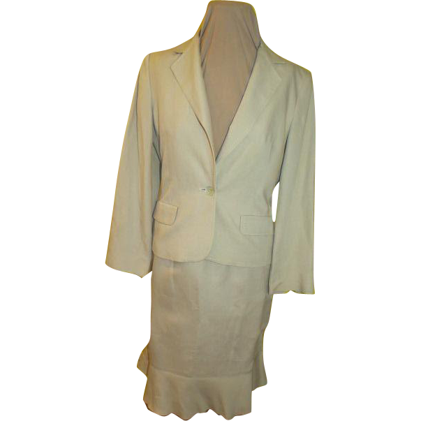 Flip Over this Top Stitched Flip Skirt Suit