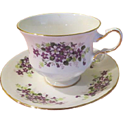 Queen Ann English Bone China Violets G670 Tea Cup and Saucer  - B202