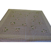 Daisies on Pink and Gray Check Tablecloth - b204
