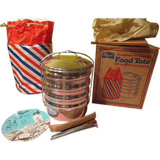 Red, White and Blue Regal Sensational All-American Food Tote in box