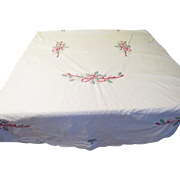 Embroidered Bows and Holly Tablecloth - X-16-4