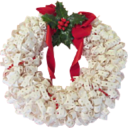 Dot Matrix Tab Wreath  - BW