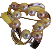 Pearl studded Silver Ribbon pin/pendant - Free shipping