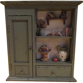 Cat in the Library Diorama - B222