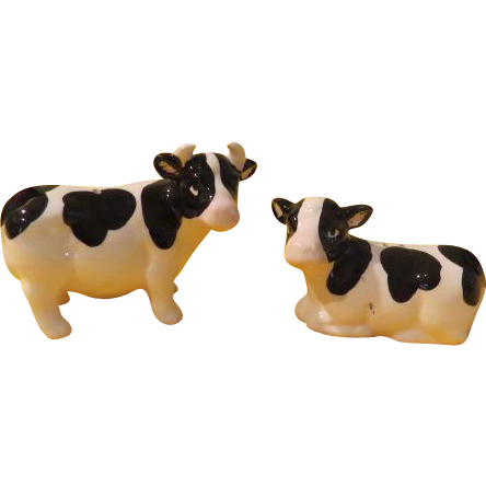 White with Black Cows Salt and Pepper Shakers - b212