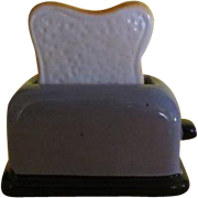 Bread in Toaster Salt and Pepper Shakers - B220