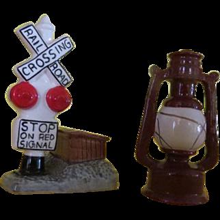 Railroad Crossing and Lantern Salt and Pepper Shaker - b220