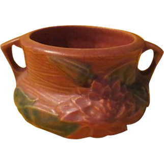 Roseville Waterlily 663 Vase with Handles - B214