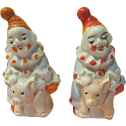 Clowns Riding Pigs Salt and Pepper shakers - b226