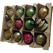 Indents and Rounds Christmas Tree Ornaments in Box - B250