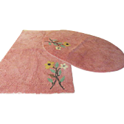 Fabulous 50's Flowers on Pink Chenille Bath Rugs - L8