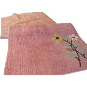 Large 50's Flowers on Pink Chenille Bath Rug - L9