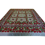 Strawberries Squared Tablecloth - b227