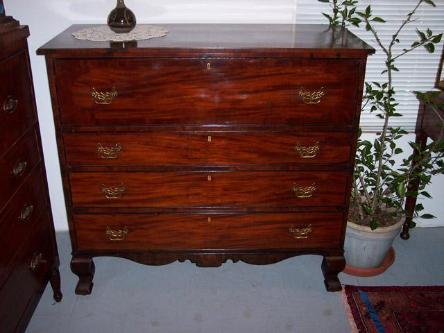 English Mahogany Chippendale Butlers Desk/Chest of Drawers