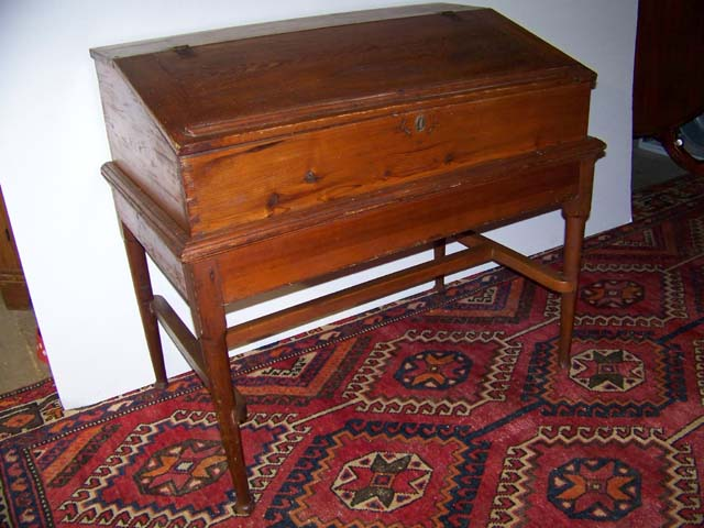 American Early Desk on Frame Ca. 1720