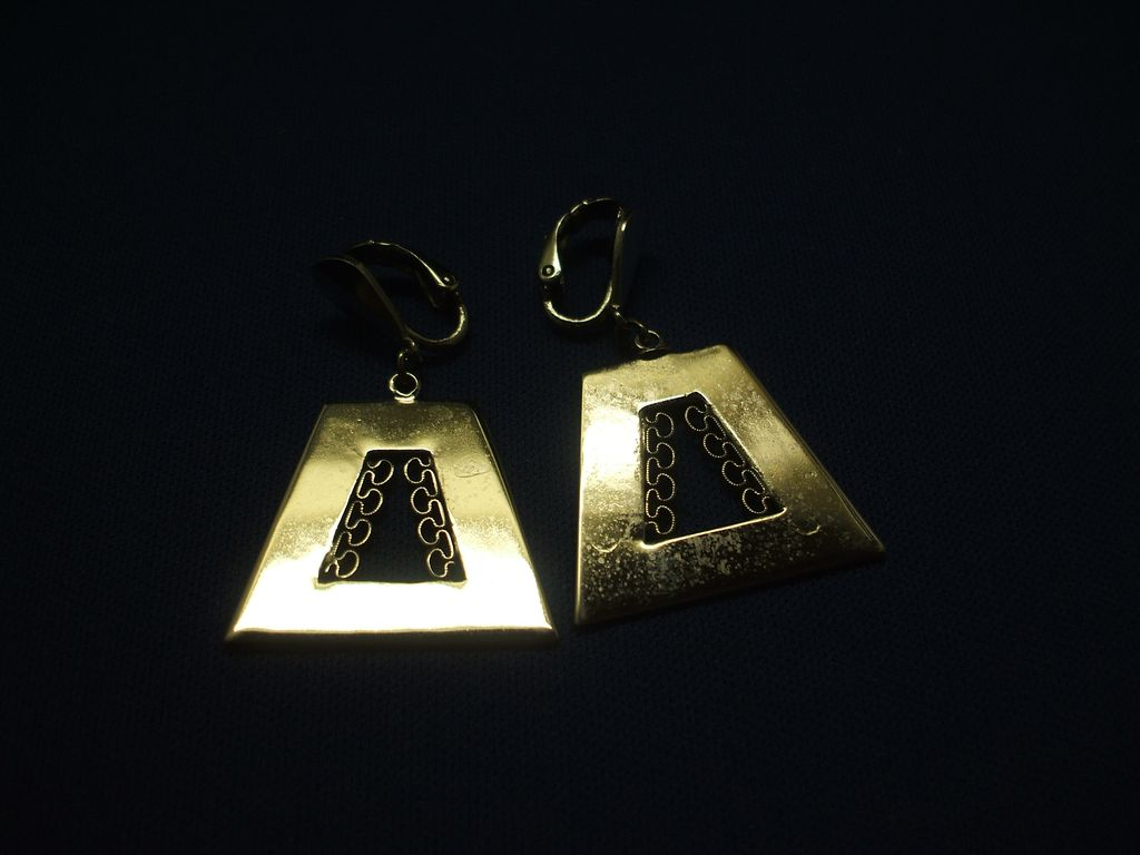 L.H. Segal California Silver Tone Trapezoid Filigree Earrings
