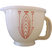 Red On White 8 Cup Mix 'N Stor Pitcher Measuring Cup