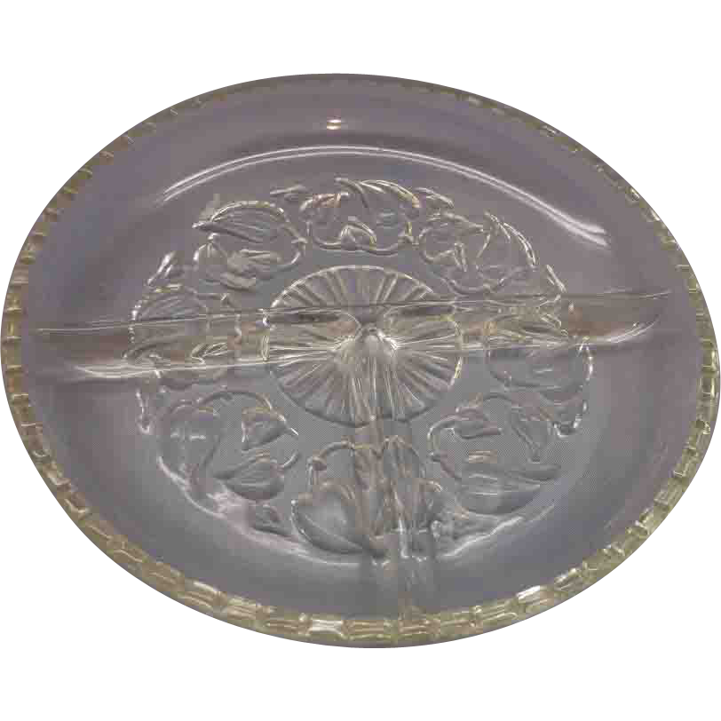 Ivy Embossed Round Three Part Relish Dish Crystal
