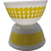 Pyrex Yellow New Dots 1 1/2 Qt Bowls Pair 402 Size - Red Tag Sale Item