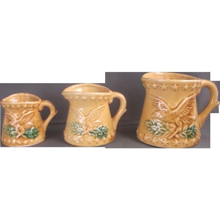Eagle Embossed Measuring Cup Set Pottery Tan Glazed