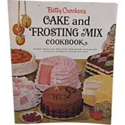 Betty Crocker's Cake and Frosting Mix Cookbook 1966 First Edition Soft Back
