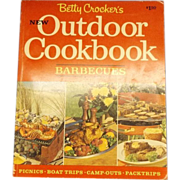 Betty Crocker's New Outdoor Cookbook Barbecues Soft Cover 1967 First Edition