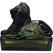 Avon Classic Lion Deep Green Decanter Bottle Wild Country Aftershave