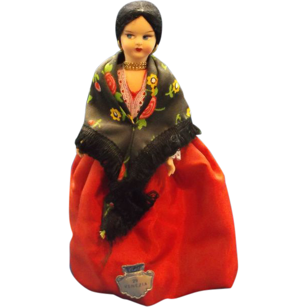 Venezia Venice Souvenir Doll Red Dress Flower Shawl Black Hair