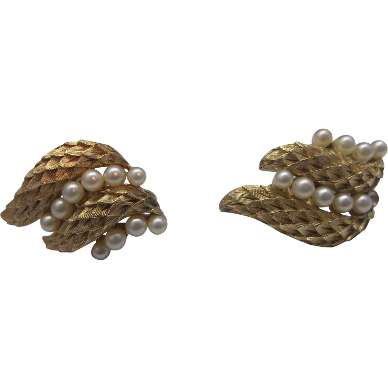 Crown Trifari Gold Tone Faux Pearl Leaf Clip Earrings