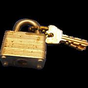 Masterlock Steel Padlock Two Keys Miwaukee, Wis. Vintage