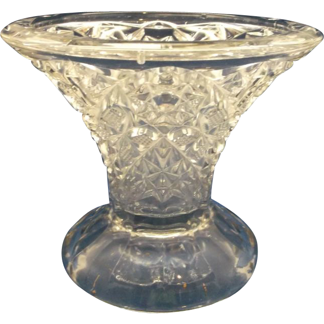 McKee Star Finecut Diamond Clear Punch Stand