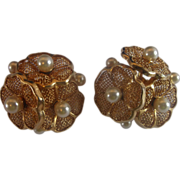 Gold Tone Filigree Flower Cluster Earrings Faux Pearls