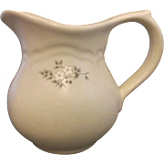 Pfaltzgraff Heirloom Creamer Grey White Flowers