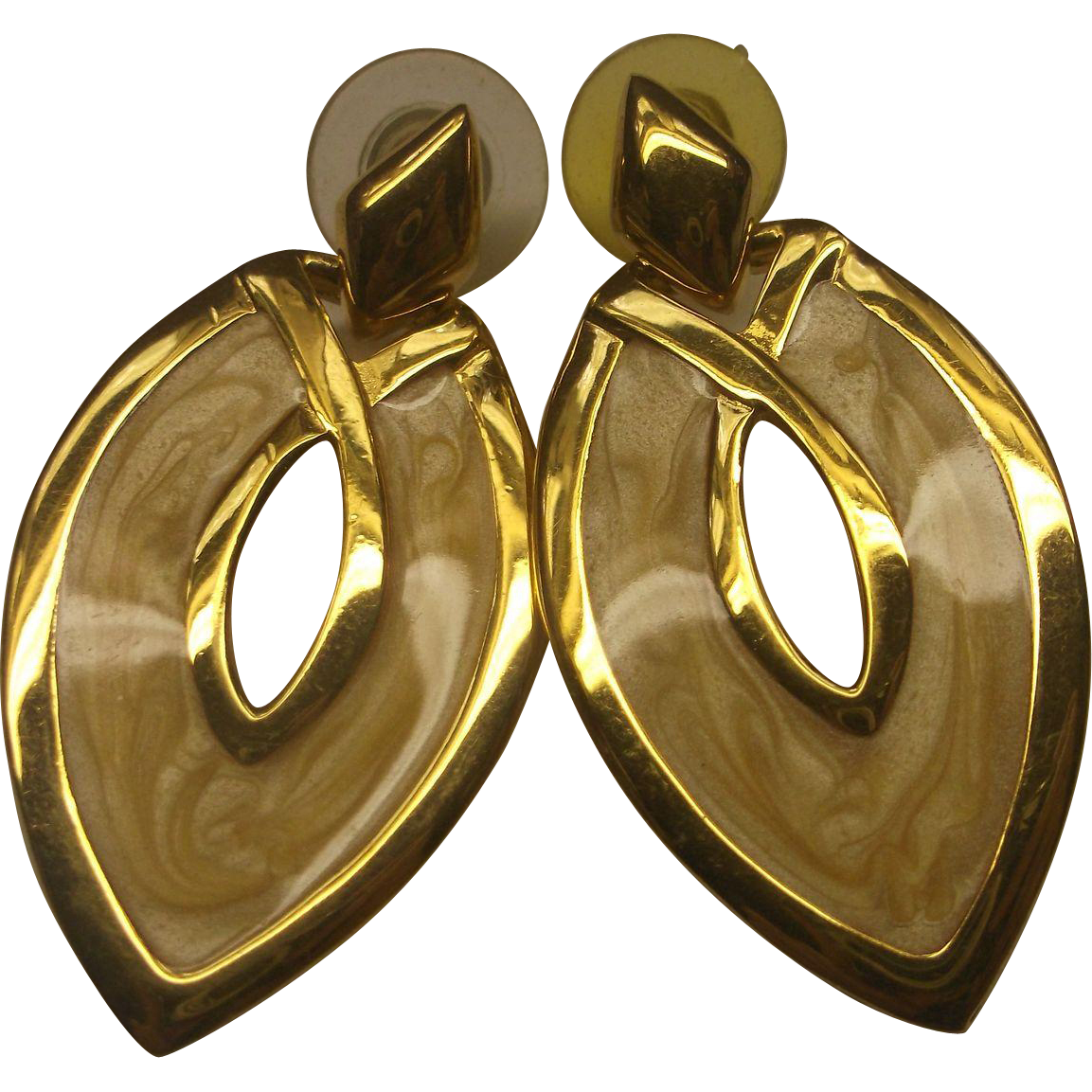 Napier Enamel Yellow Cream Beige Curved Diamond Dangle Earrings 1980s