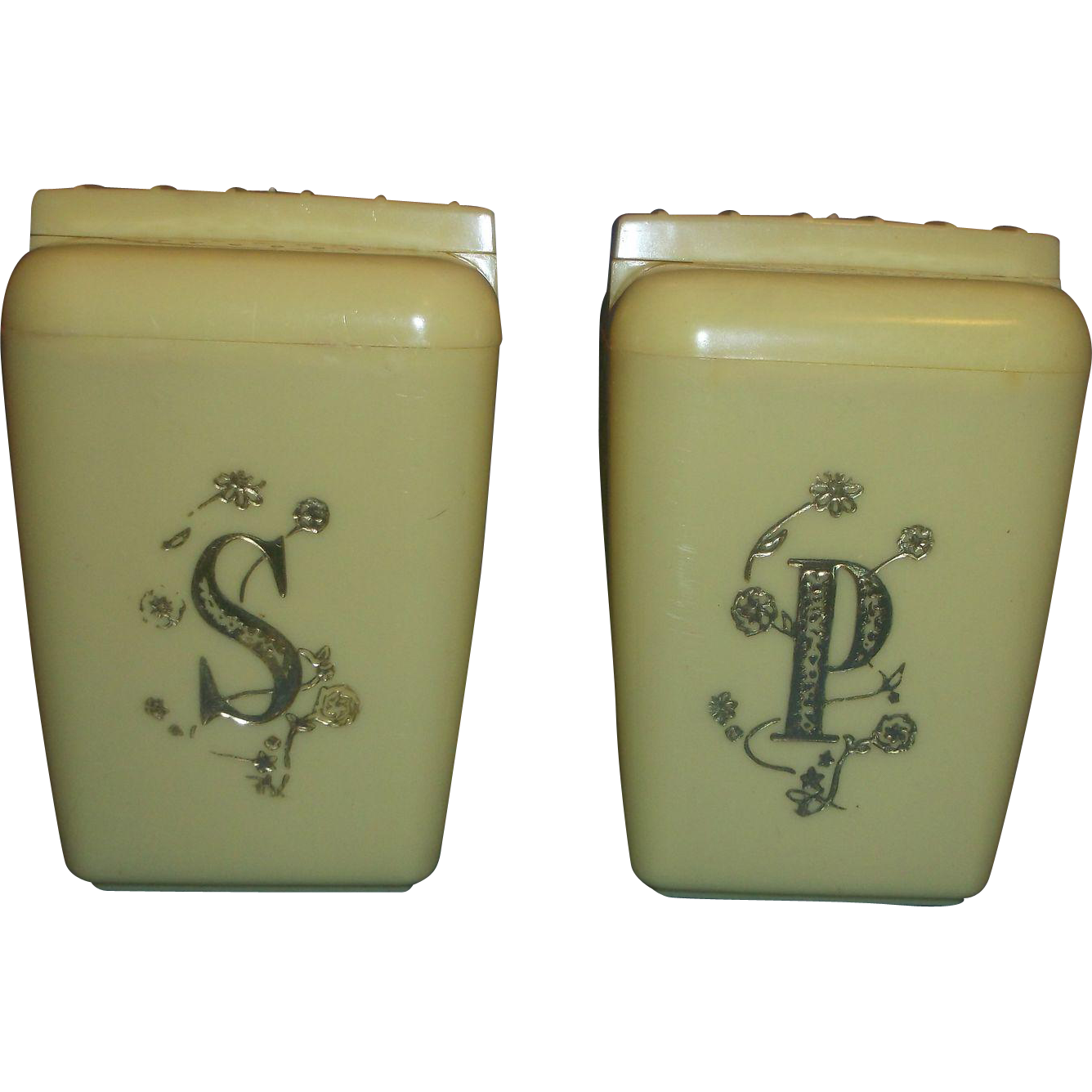 Lustro Ware Lemon Yellow Gold S P Salt Pepper Shakers Large Plastic