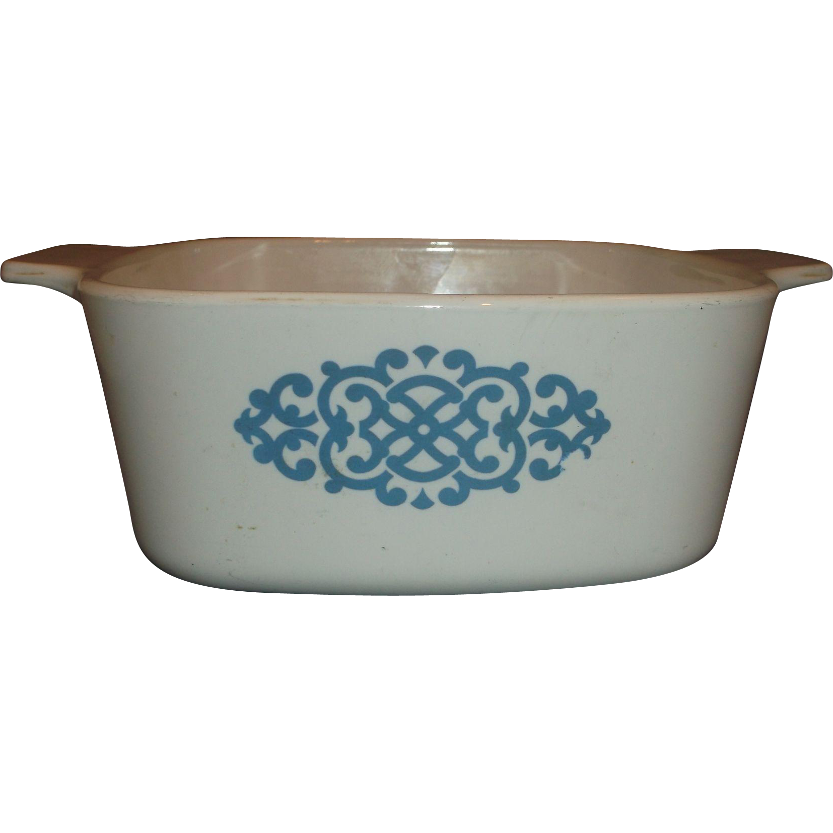 Corning Ware Shell Oil Blue Medallion 1 1/2 QT Casserole Dish Promotional Advertising