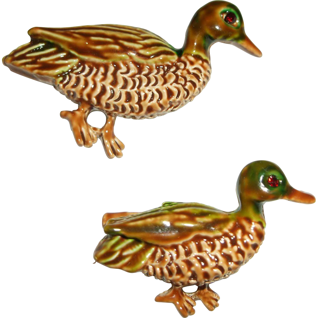 Gerrys Enamel Ducks Red Rhinestone Eyes Scatter Pins Pair