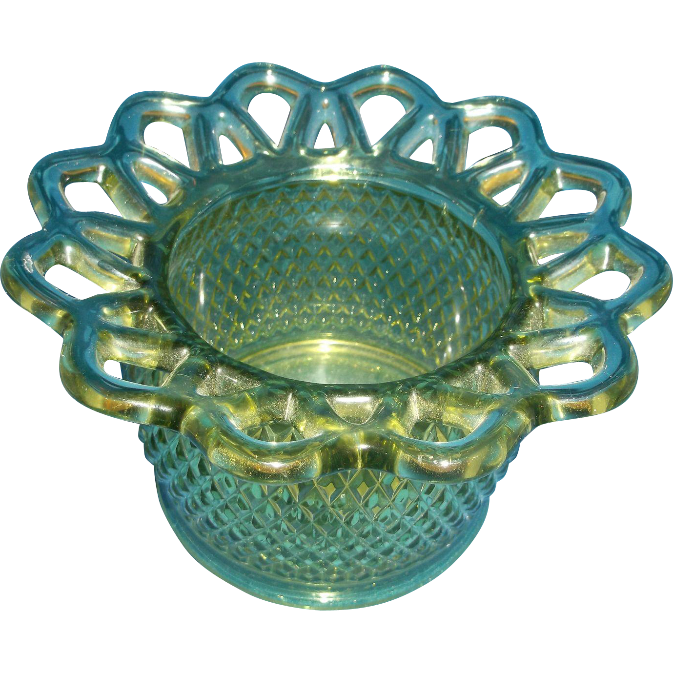 Imperial Glass Green Lace Edge Quilted Diamond Point Rose Bowl Vase