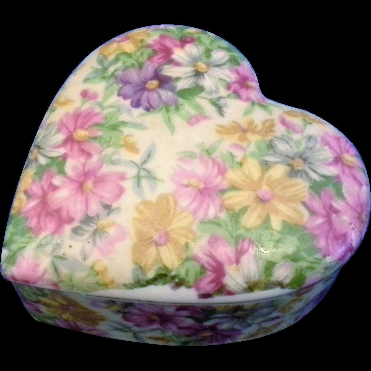 Nikoniko Hand Painted Floral Porcelain Heart Trinket Box Japan