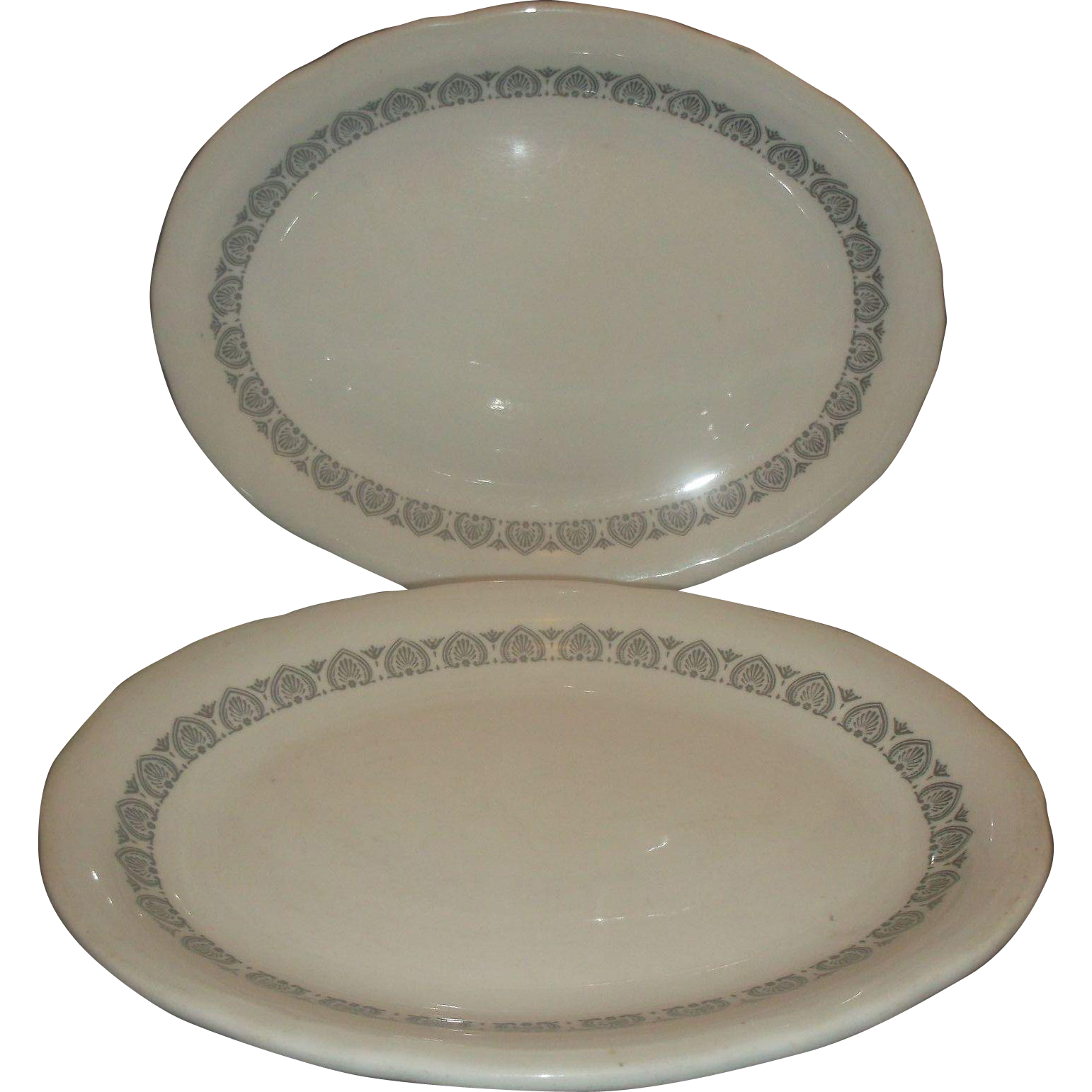 Shenango Restaurant Ware Black Seashell Scroll Pattern White Oval Plates Pair
