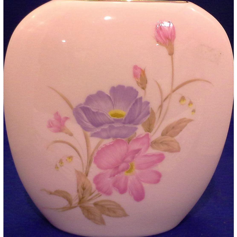 Summer Mist Koya Bone China Translucent Shell Pink Vase Japan