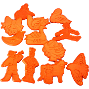 Chilton 12 Days of Christmas Red Plastic Cookie Cutters 1978