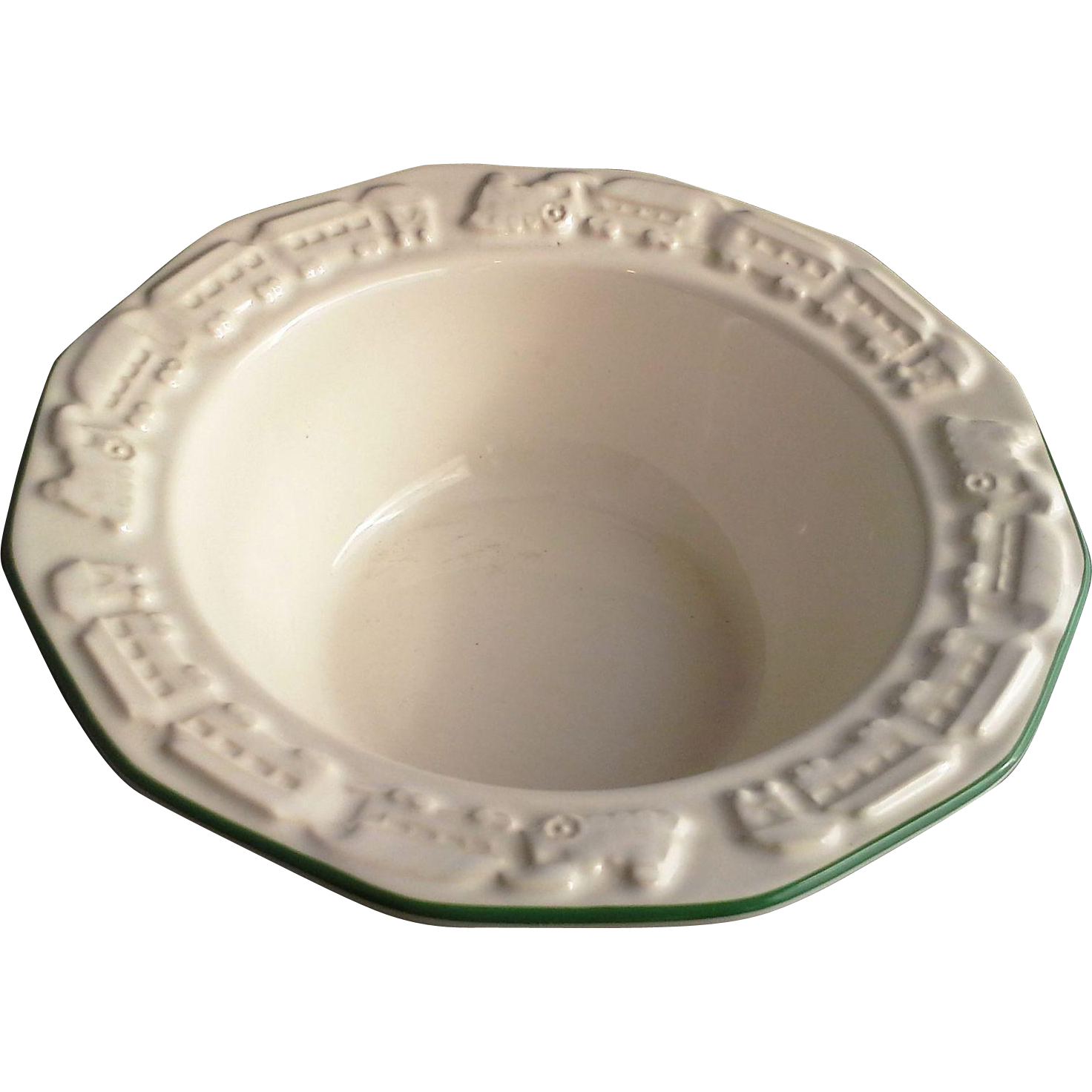 Pfaltzgraff Christmas Heritage Round 7 IN Bowl Train Embossed Rim
